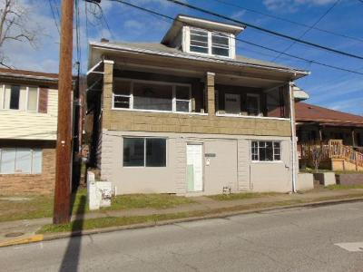 4th-ave-Montgomery-WV-25136