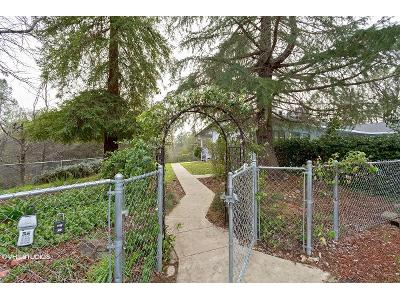 Pinehaven-dr-Redding-CA-96003