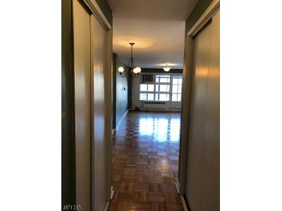 Roosevelt-place-apt-5-h-Montclair-NJ-07042
