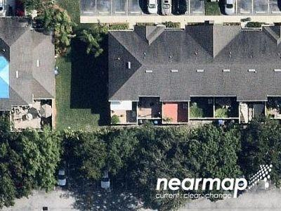 Pine-oak-cir-apt-107-Fort-myers-FL-33916