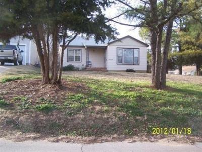 S-11th-st-Chickasha-OK-73018