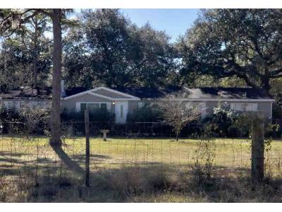 Country-living-cir-Melrose-FL-32666