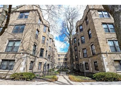 W-jarvis-ave-apt-3e-Chicago-IL-60626