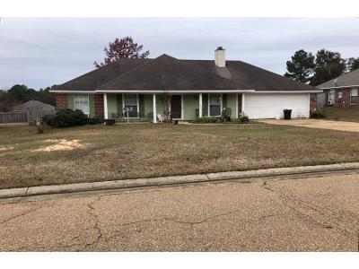 Eaglewood-ln-Florence-MS-39073