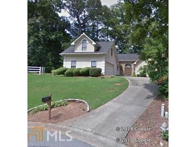 White-surrey-dr-nw-Kennesaw-GA-30144