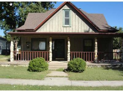 E-1st-st-Ellinwood-KS-67526