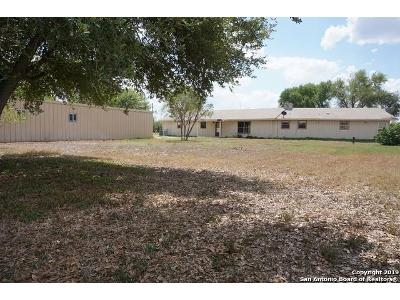 County-road-2014-Pearsall-TX-78061