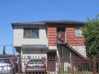 1/2-east-116th-place-Los-angeles-CA-90061