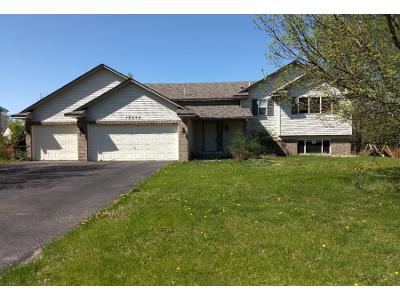 Vale-st-nw-Andover-MN-55304