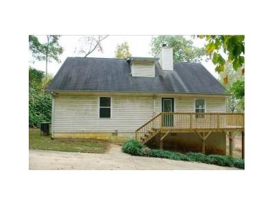 Peach Mountain Cir, Gainesville, GA 30507