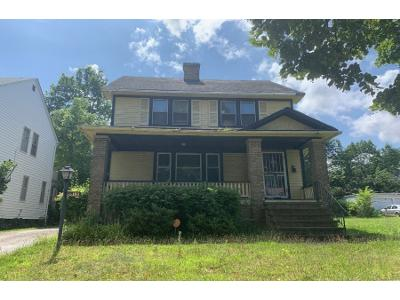 Delmore-rd-Cleveland-heights-OH-44121