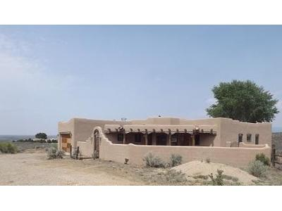 Old-state-rd-570-Ranchos-de-taos-NM-87557