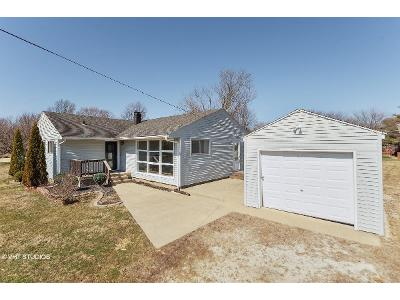 W-bassett-rd-Shelbyville-IN-46176