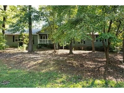 Creekwood-cir-nw-Kennesaw-GA-30152