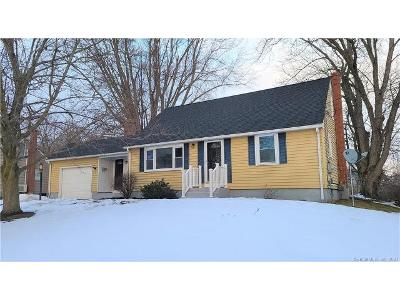 Oakwood-st-Enfield-CT-06082