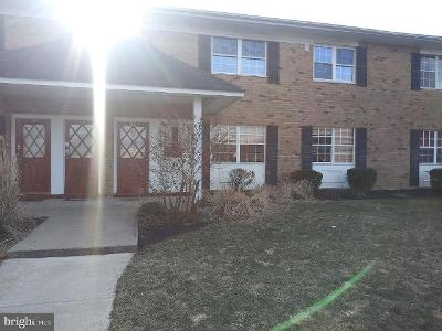 Old-millstone-dr-unit-21-Hightstown-NJ-08520