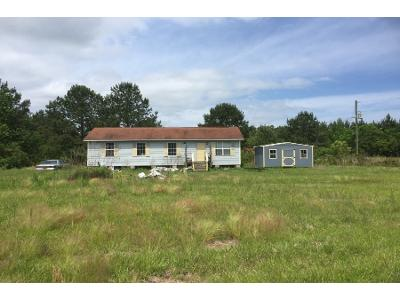 Esco-and-marchie-mc-ln-Taylorsville-MS-39168