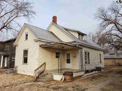 W-8th-ave-Hutchinson-KS-67501
