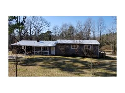 White-cedar-ln-Northport-AL-35473