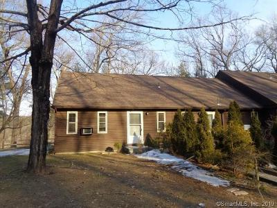 Old-farms-rd-apt-16f-Avon-CT-06001
