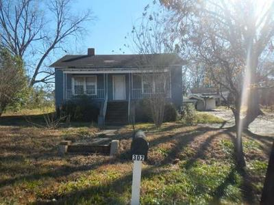 E-sears-st-Valley-AL-36854