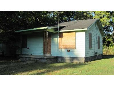 Norris-st-Brownsville-TN-38012